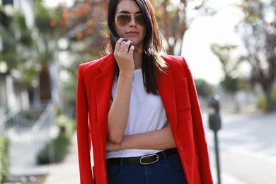 9 Fabulous Outfits with Red Blazers to Copy This Season